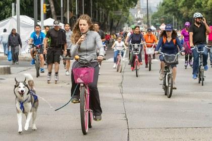 Foto ciclistas.jpg